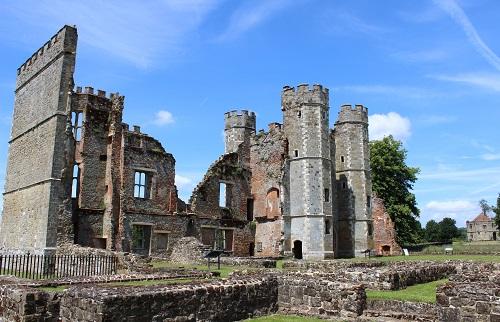 Midhurst Tudor Cawdray House