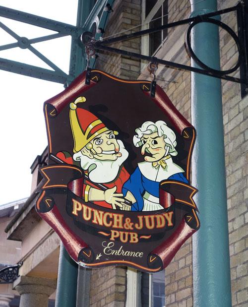 Punch-Judy-Pub-Sign