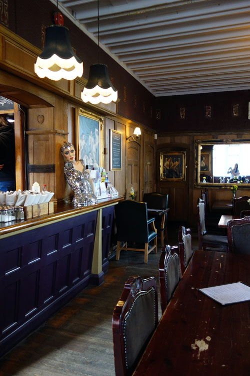 Highgate Pub Crawl Woodman Pub Highgate (4)