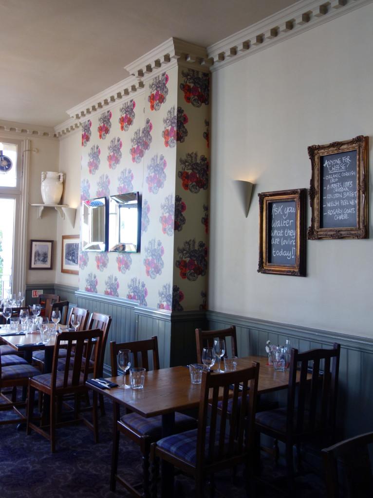 Queens Pub Primrose Hill (5)
