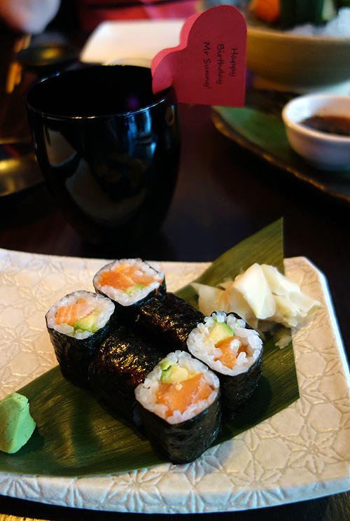Cocochan Salmon and Avocado Hoso Maki