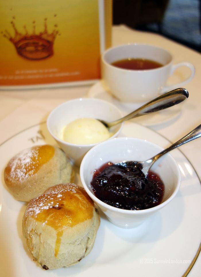 st-james-court-royal-afternoon-tea-scones