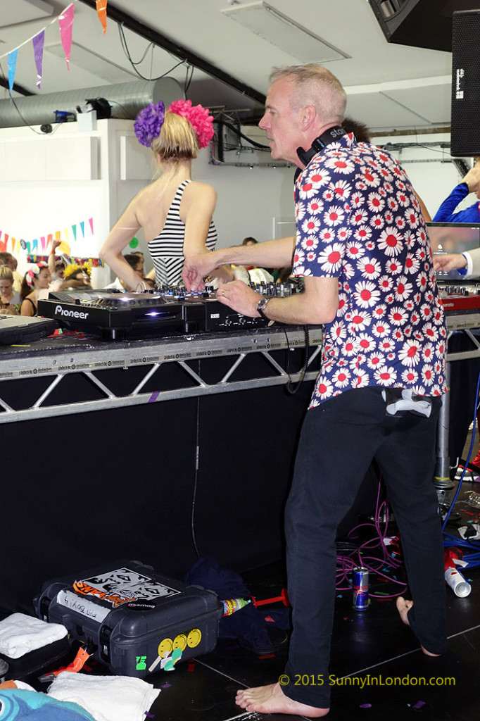 raves-in-london-morning-gloryville
