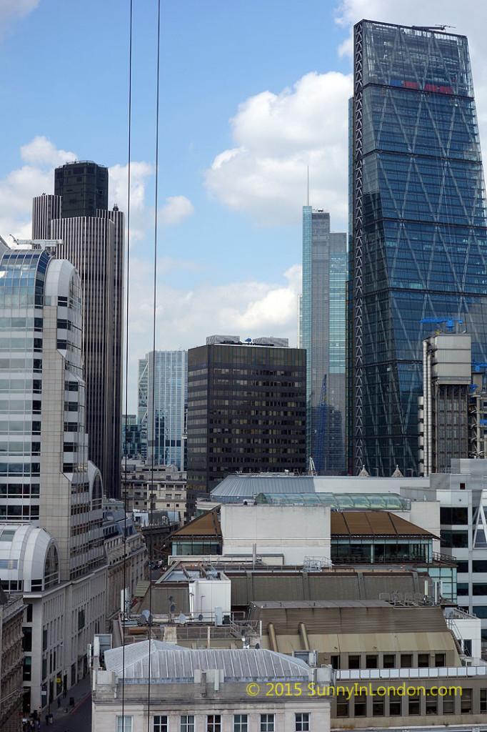 the-monument-london-landmark-attraction