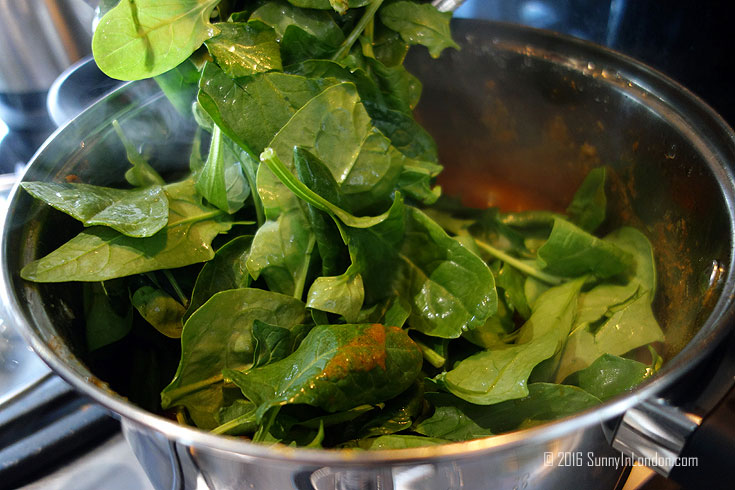 Lamb Saag Aloo Recipe- Spinach and Potato Indian Curry from a British man living in London