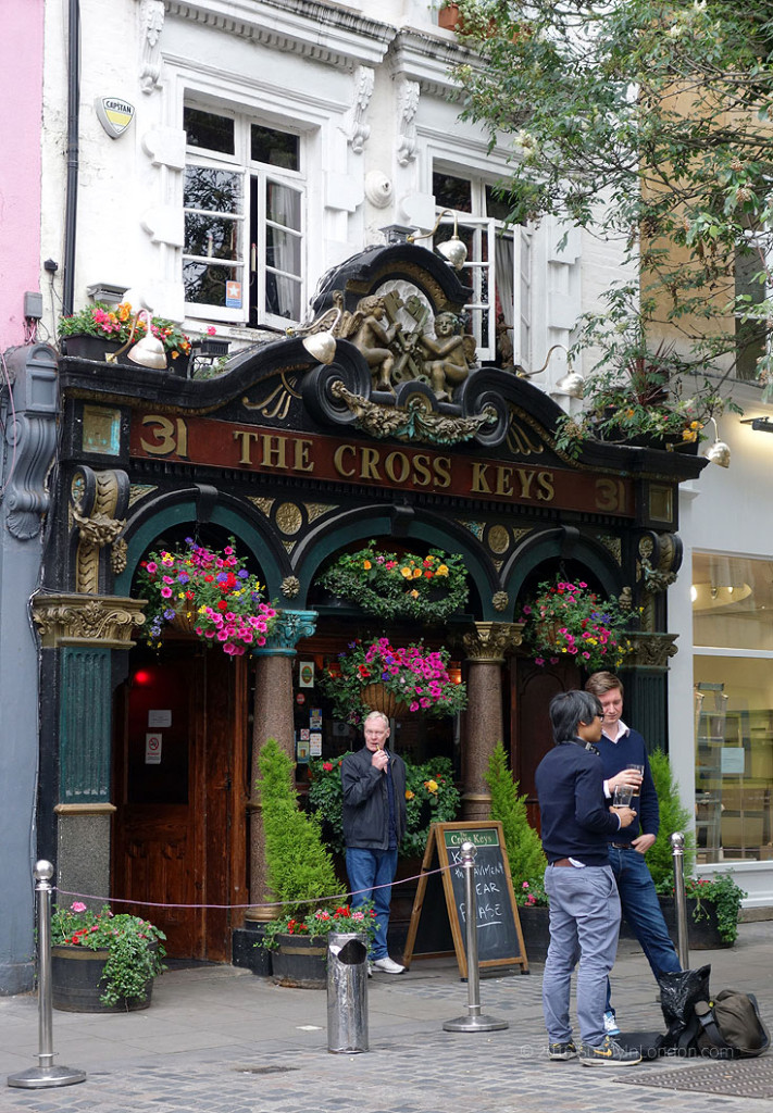 Covent Garden Guide Pubs Cross Keys