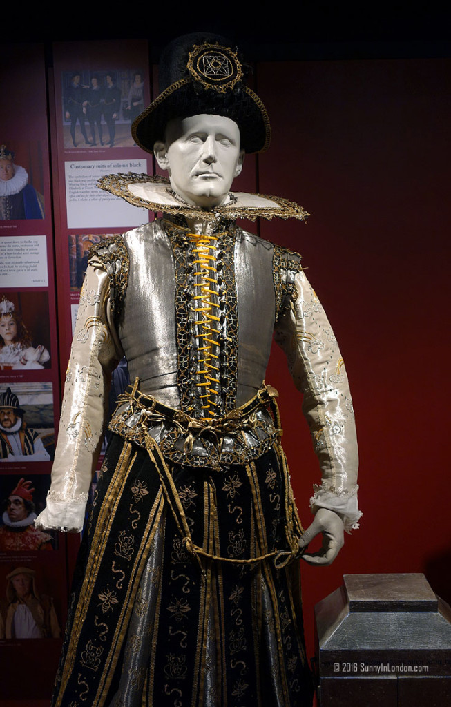 Shakespeare's Globe Theatre Tour in London Review (1)
