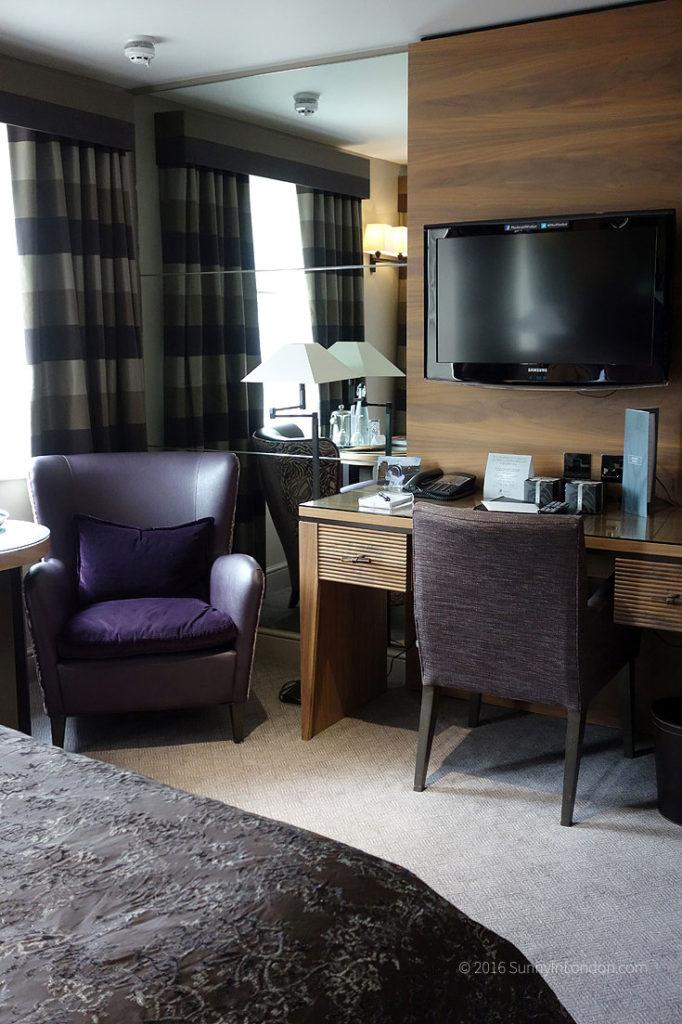macdonald-windsor-hotel-review-room-406
