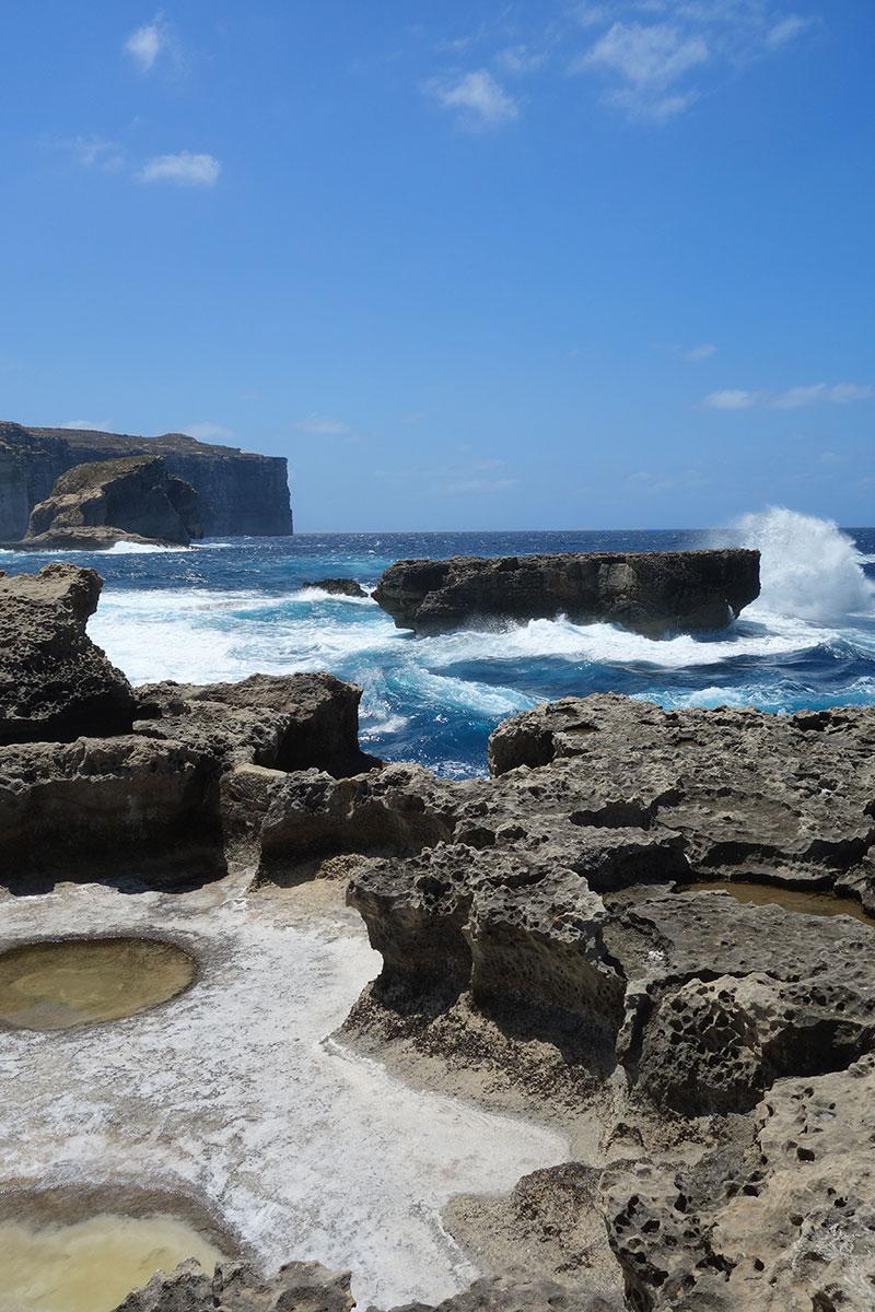 visiting-blue-lagoon-malta-gozo-comino-advice
