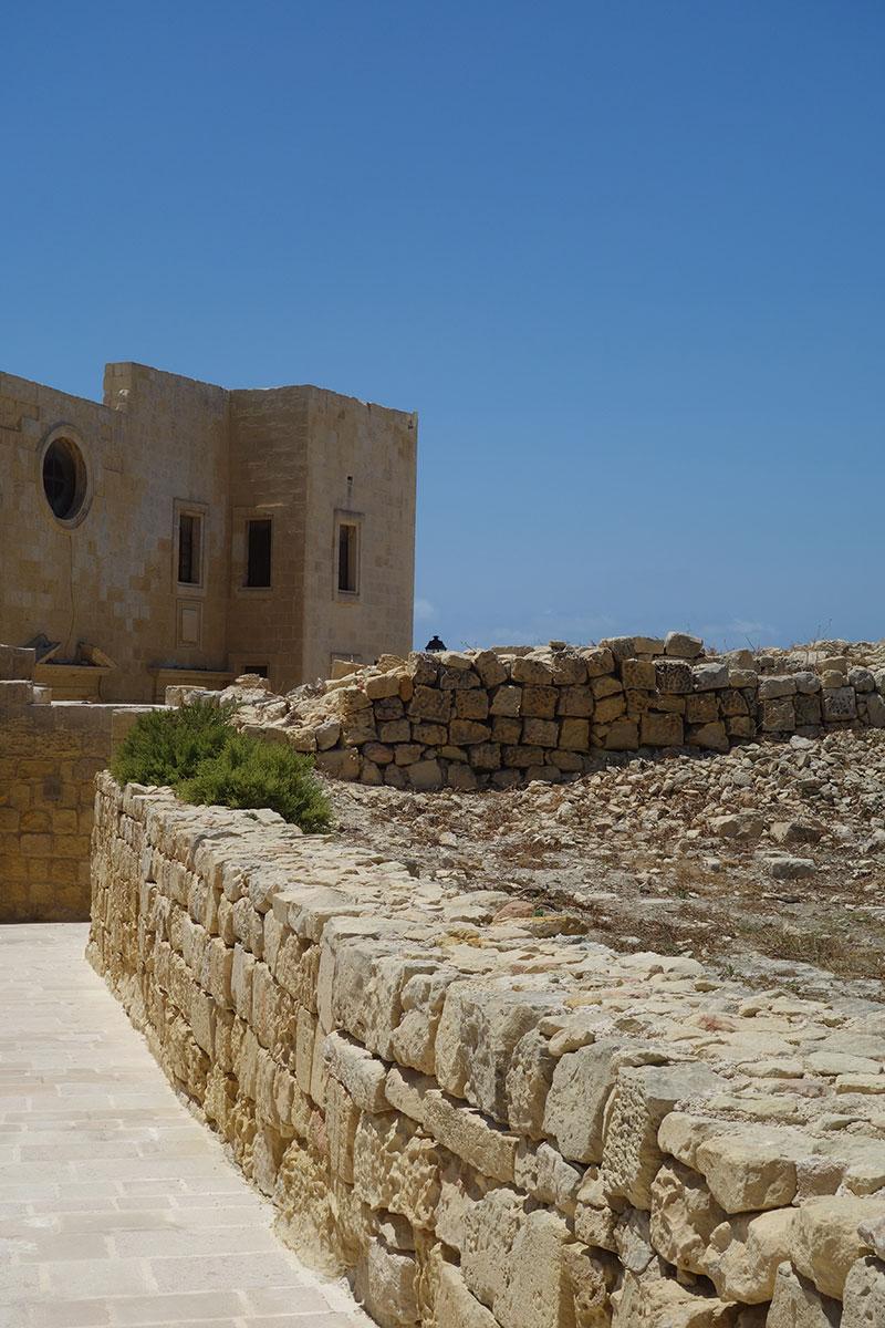visiting-blue-lagoon-malta-gozo-comino-advice-citadel