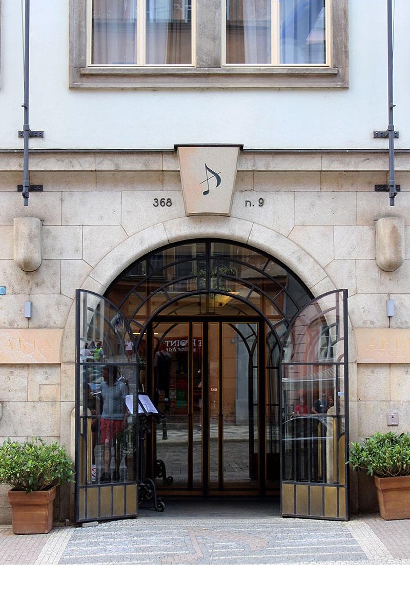 aria-hotel-prague-5-star-luxury-review-12
