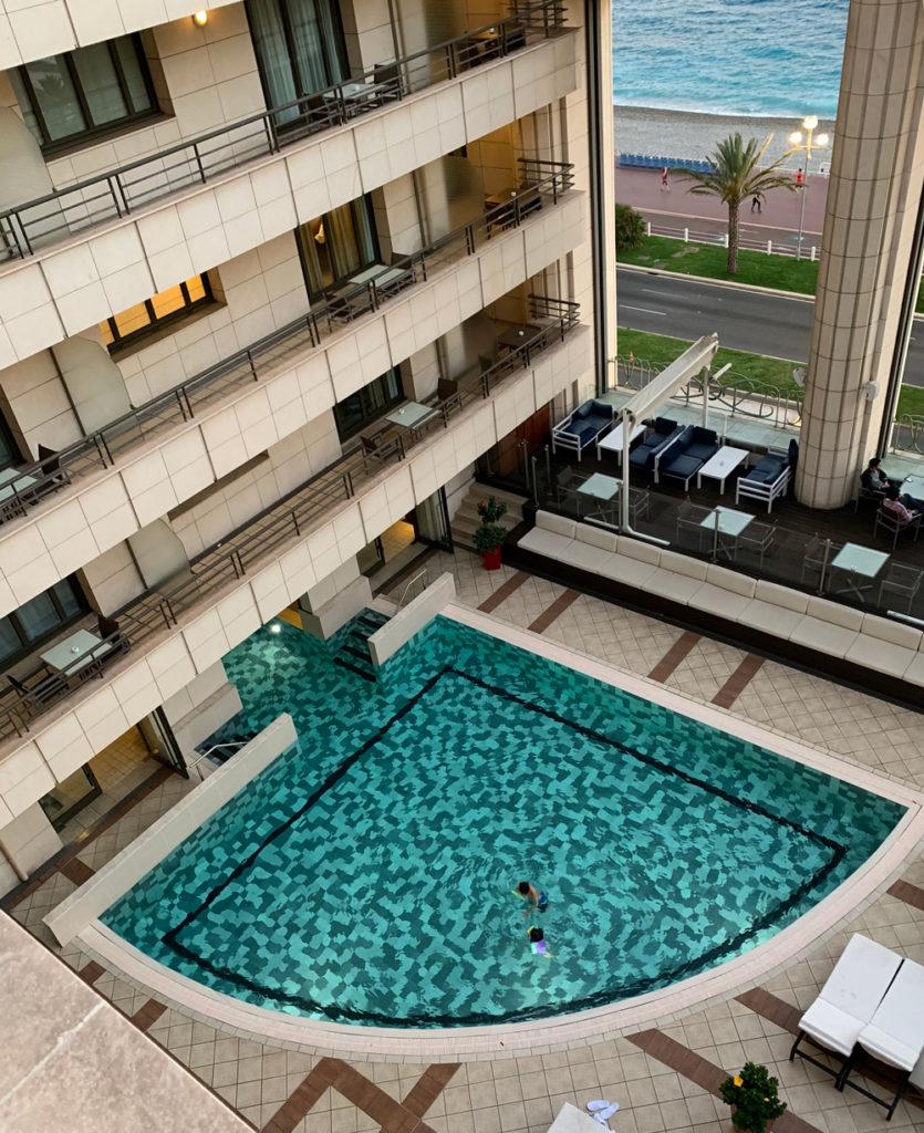hyatt-regency-hotel-nice-france-pool