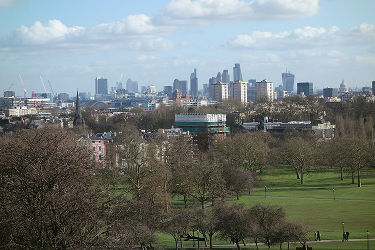 best-picnic-places-in-london-primrose-hill