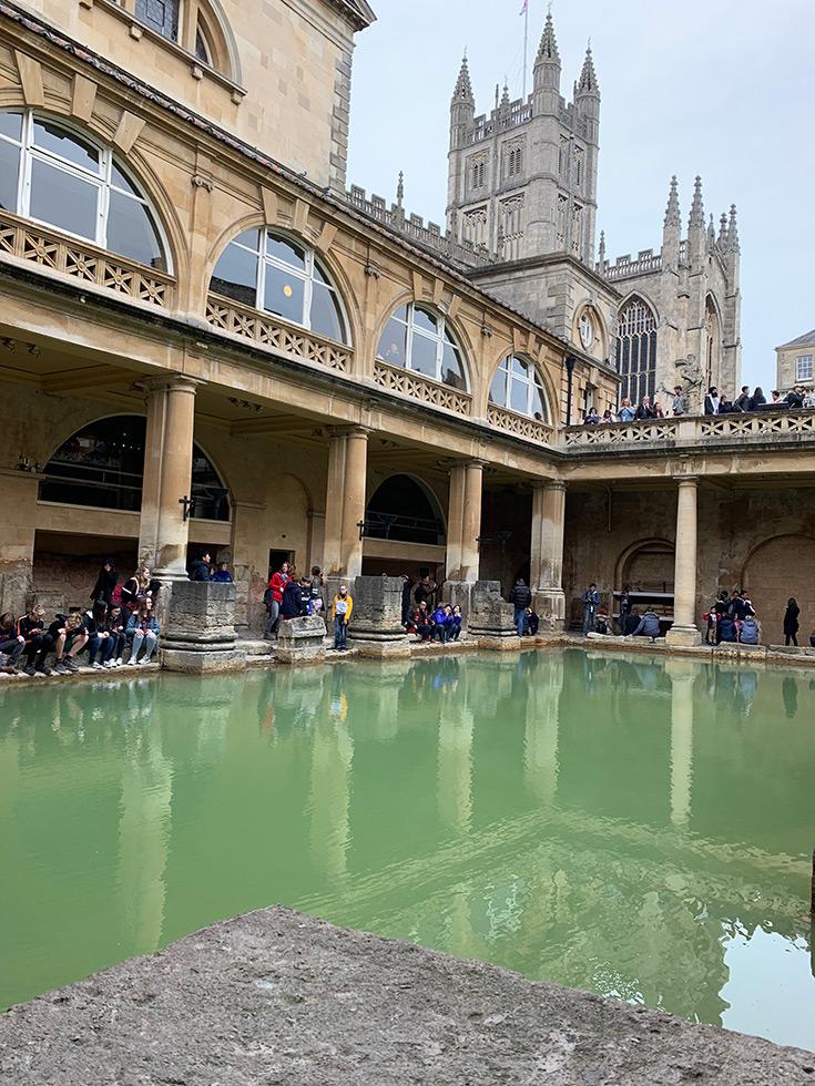 london-trip-what-to-book-in-advance-bath-day-trip