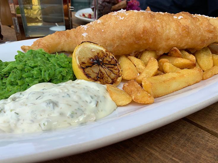 waterfront-pub-review-london-fish-chip