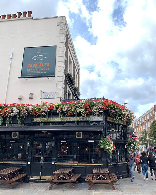 best-pubs-in-chelsea-kings-road-pub-crawl-london-chelsea-potter