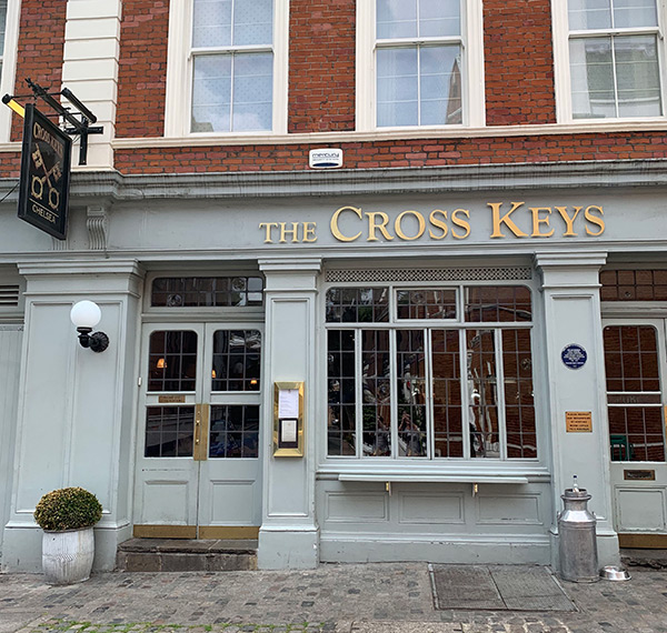 best-pubs-in-chelsea-kings-road-pub-crawl-london-the-cross-keys