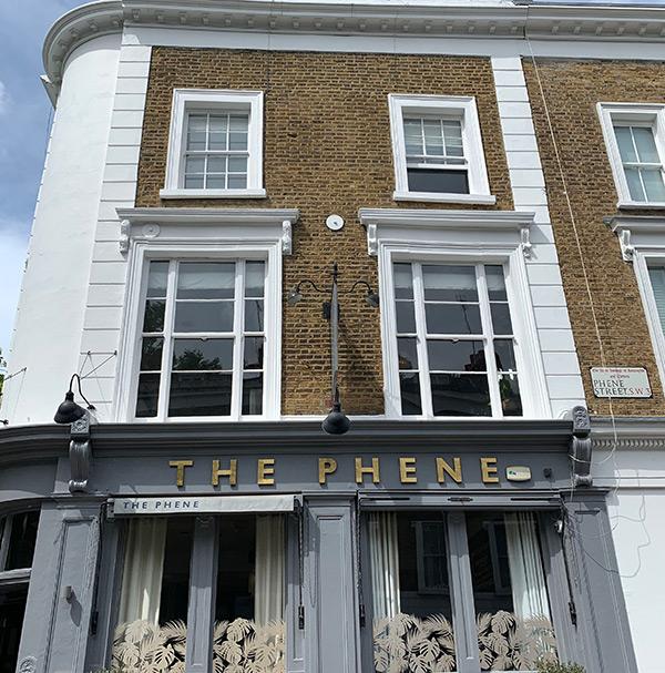 best-pubs-in-chelsea-kings-road-pub-crawl-london-phene